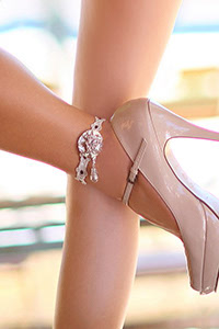 Luxxa Love Creme Anklet