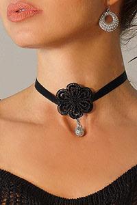Luxxa Ose Prune Necklace
